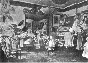 Interior of Gravesons 1905